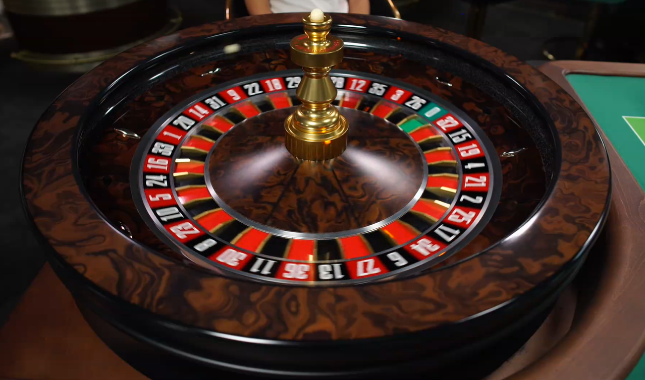 Picture of a live roulette wheel